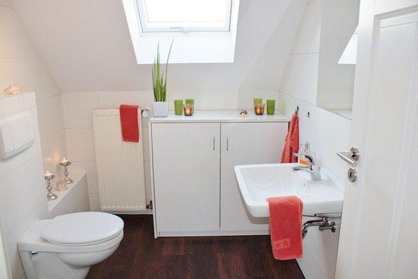 monta i sanitari quando rinnovi un bagno