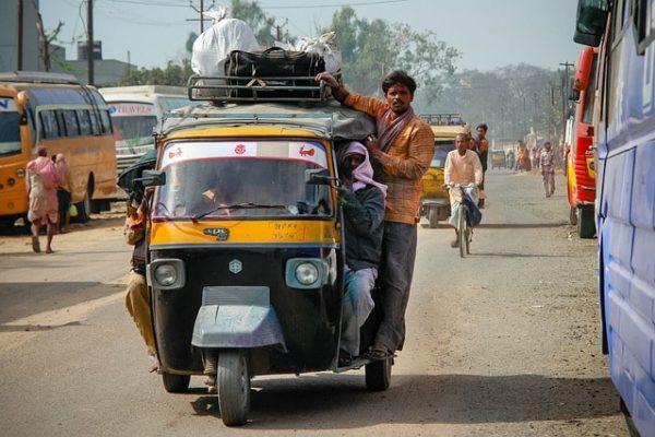 strani taxi nel mondo
